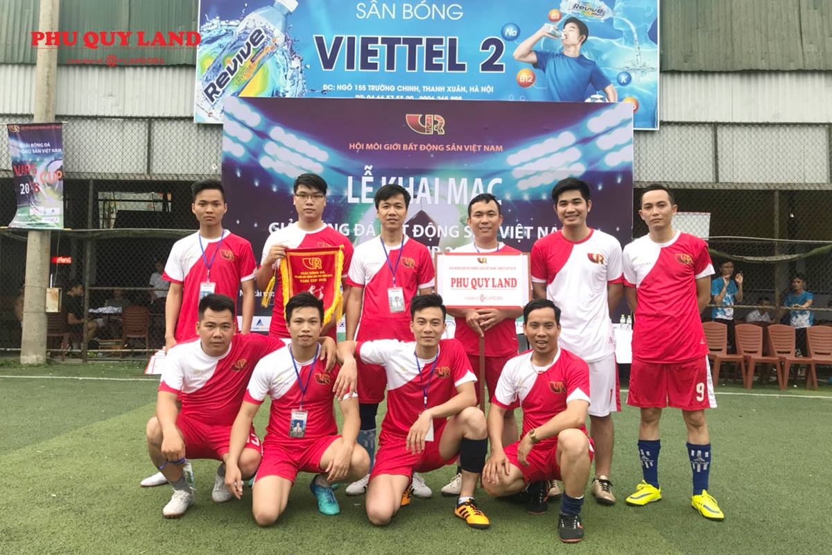 Chiến binh PHUQUYLAND quyết tâm vô địch giải bóng đá Bất động sản Việt Nam – VARS Cup 2018