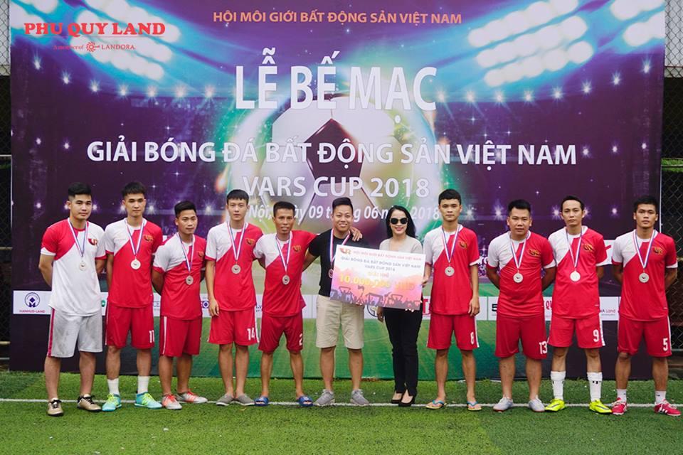 Phú Quý Land giành ngôi Á quân giải bóng đá bất động sản Việt Nam VARS CUP 2018