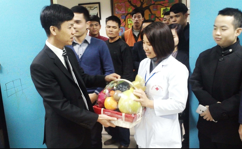 Phú Quý Land mang mùa xuân đến với các bệnh nhi tại Bệnh viện Huyết học Trung ương