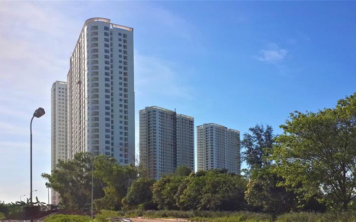 Dự án chung cư Gelexia Riverside được xây dựng từ năm 2016 trên khu đất có diện tích gần 3.000m2, với 4 tổ hợp chung cư CT1, CT2A, CT2B và CT3, cao từ 31 đến 33 tầng. Dự án cung cấp cho thị trường bất động sản khoảng 2.000 căn hộ chất lượng cao, với giá bán bình dân từ 20-22 triệu đồng/m2, rất phù hợp với nhiều đối tượng khách hàng, đặc biệt là các hộ gia đình trẻ.