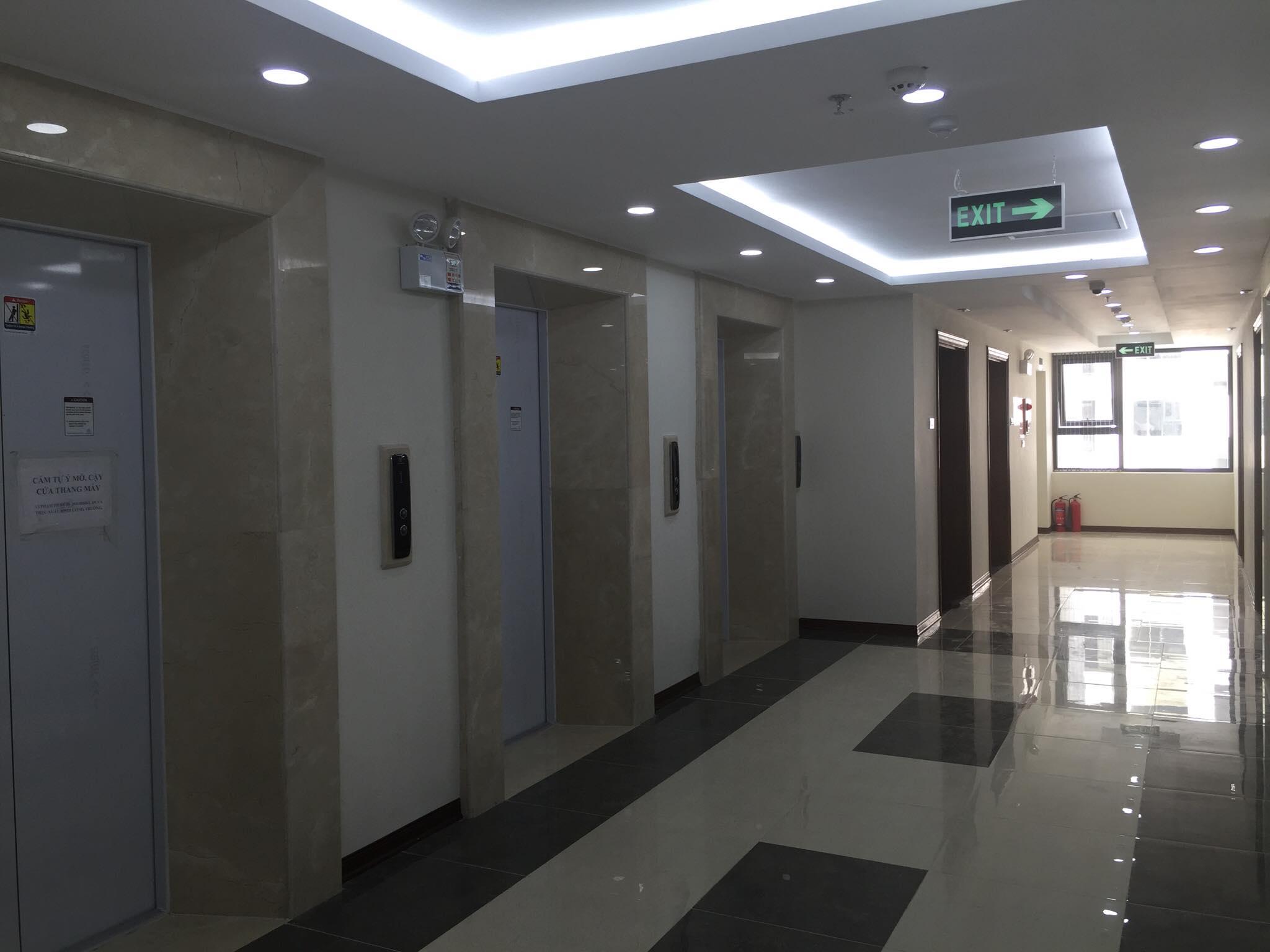 Mỗi tòa chung cư được thiết kế từ  4-8 thang máy nhập khẩu của Đức tốc độ cao, êm ái, thoáng mát
