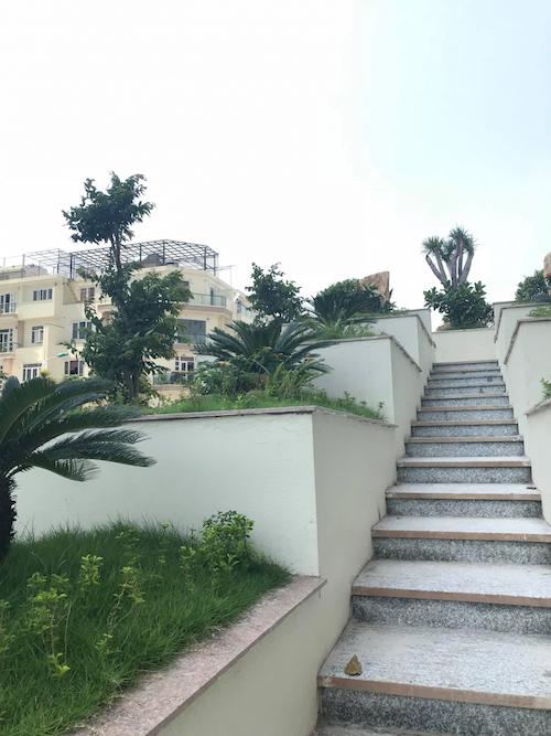 Lối lên các khu vườn cảnh quan tại toà chung cư CT2B -CT3