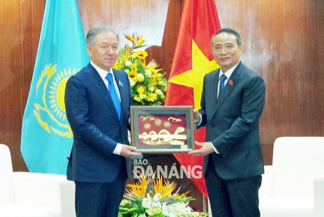 Xúc tiến hợp tác giữa Đà Nẵng với các địa phương của Kazakhstan