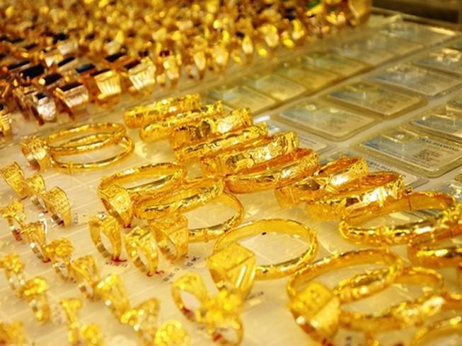 Vì sao giá vàng giảm mạnh?