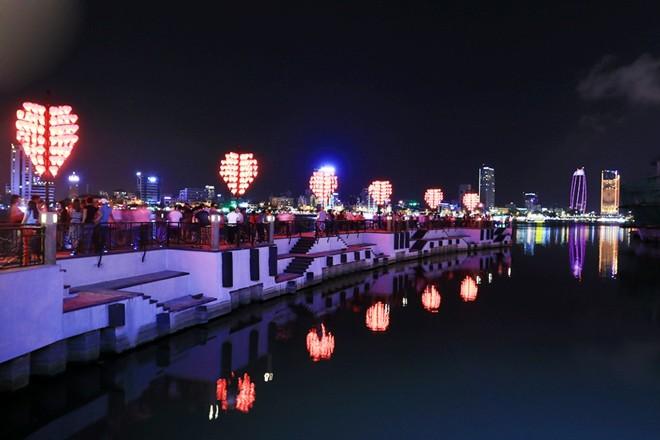 Đẩy mạnh xây dựng tổ hợp giải trí về đêm tại các khu đô thị lớn